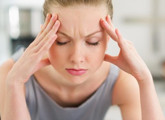 Как проявляется глазная мигрень