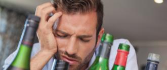 болит голова после алкоголя: причины