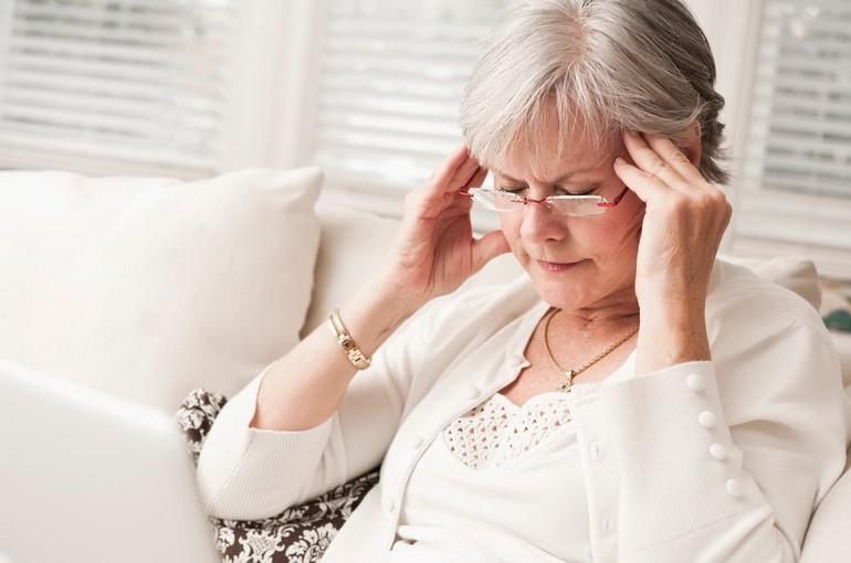 Головная боль после сна: когда нужен врач