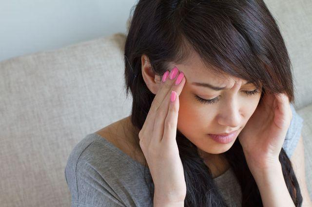 Что делать при сильном головокружении в домашних условиях, лечение народными средствами