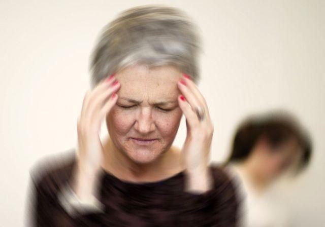 головокружение и заложенность в ушах