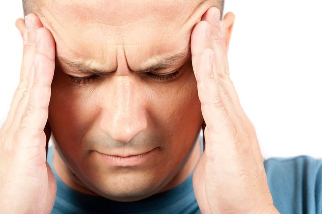причины головокружения и заложенности в ушах