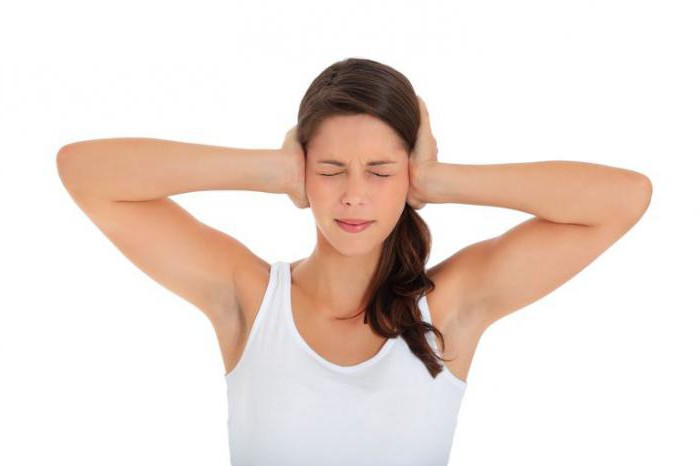 постоянный шум в ушах и голове причины