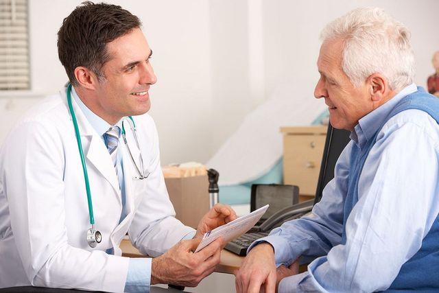 пенсионер у врача