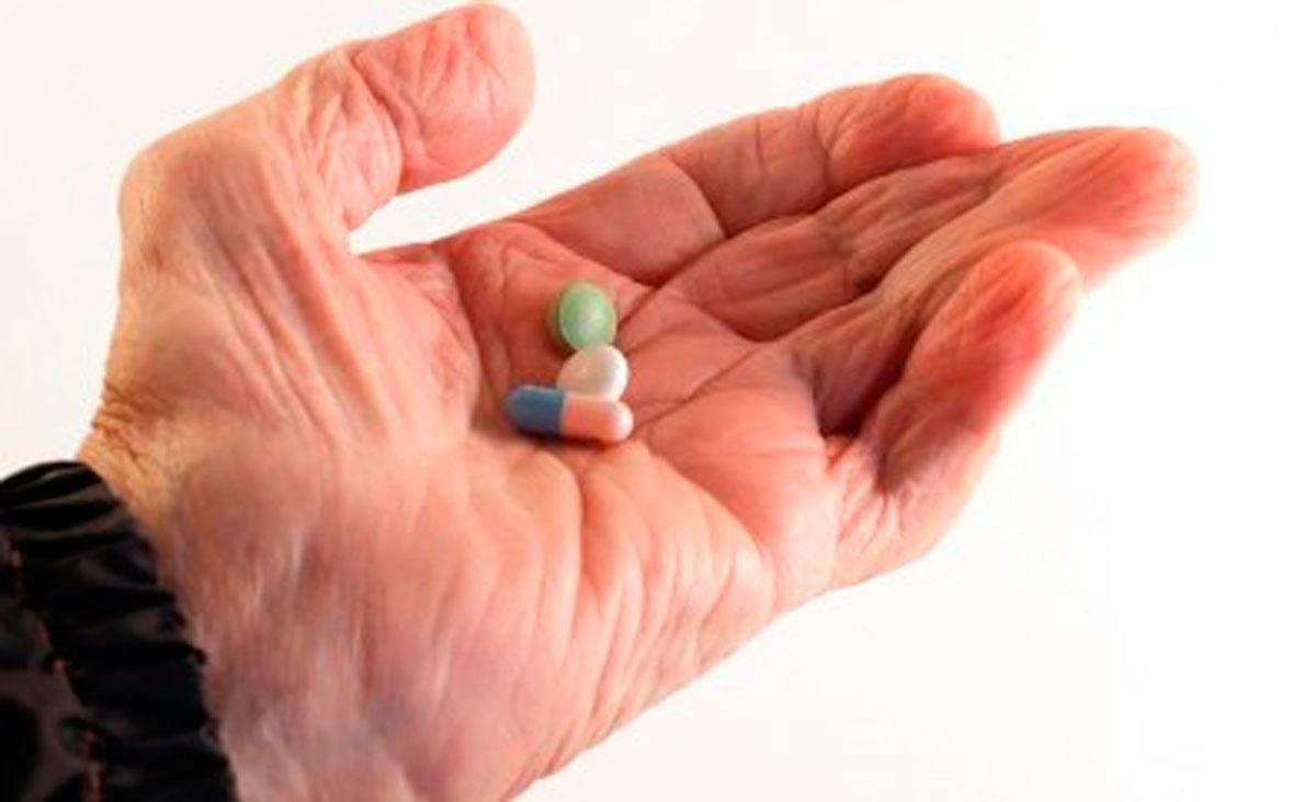 препараты после инсульта для мозга
