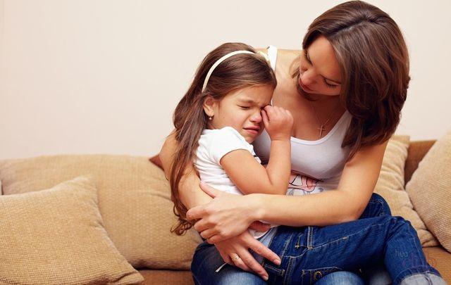 Сотрясение головного мозга: симптомы, лечение, у детей, первая помощь при сотрясении