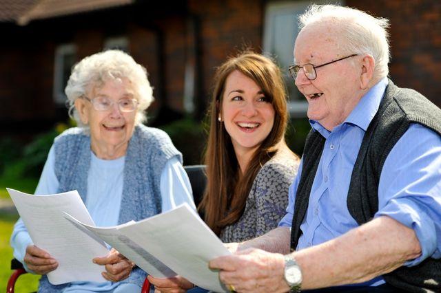 Пожилые проходят тест