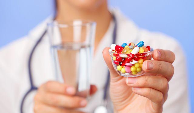 Таблетки врач