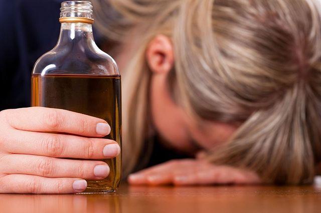 Алкоголь в руке