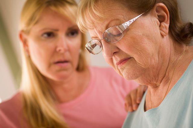 Причины потери памяти у пожилых людей и способы лечения